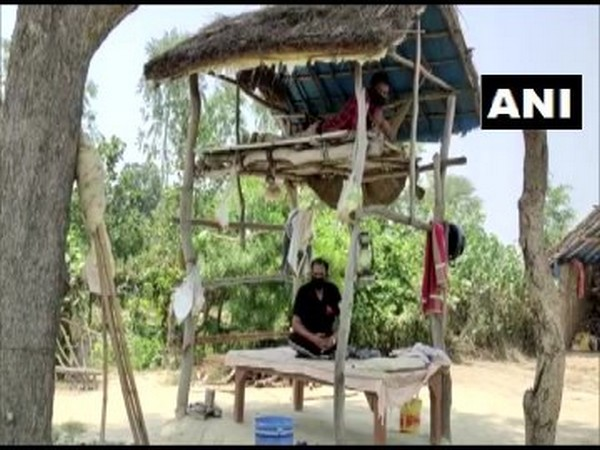 Two brothers in Sultanpur who returned from Delhi amid lockdown have quarantined themselves as precautionary measure. [Photo/ANI]