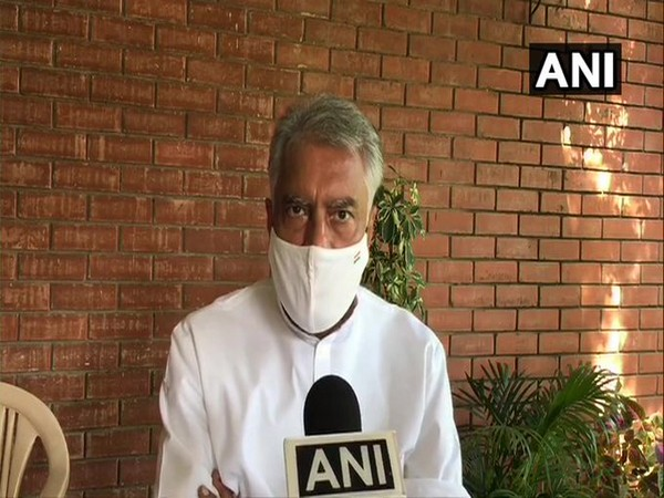 Punjab Congress chief Sunil Jakhar speaking to ANI on Friday. Photo/ANI