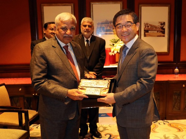 Chief Election Commissioner of India Sunil Arora meets Chairperson National Election Commission of Republic of Korea Kwon Soon-il here on Monday (Picture Credits: Sheyphali Sharan/ Twitter)
