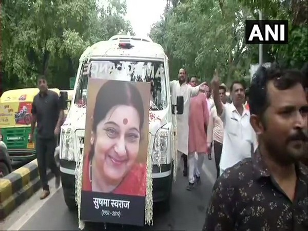 Mortal remains of former External Affairs Minister Sushma Swaraj brought to BJP headquarters