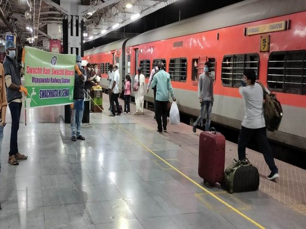 """A week-long Special Cleanliness drive """"Swacchata Saptah"""" is being observed by South Central Railway."""