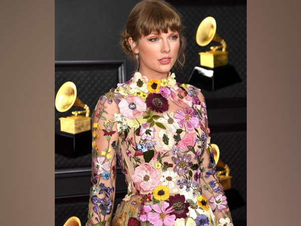 Taylor Swift (Image Source: Instagram)