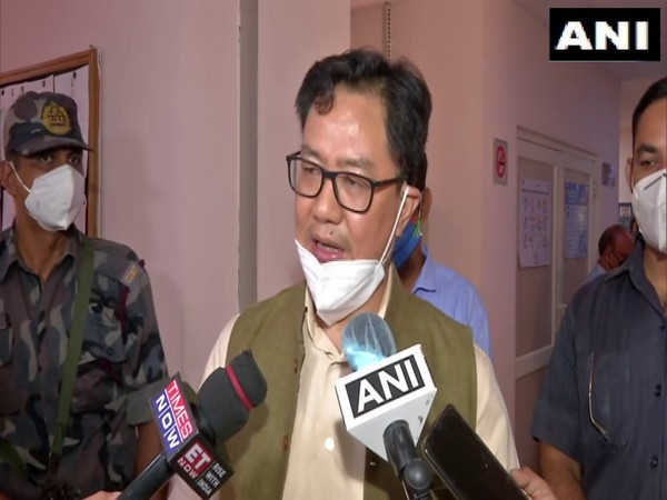 Kiren Rijiju taking charge as Union Minister of Law and Justice (Photo/ANI)