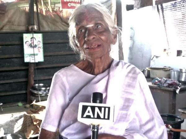82-year-old Kamalathal who sells idlis in Coimbatore. Photo/ANI
