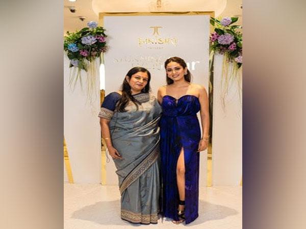 L to R- Ranjani Krishnaswamy, GM, Marketing, Tanishq, Titan Company Ltd. and Mira Kapoor