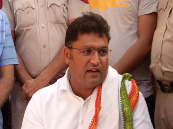 Ashok Tanwar addressing press conference in New Delhi on Saturday