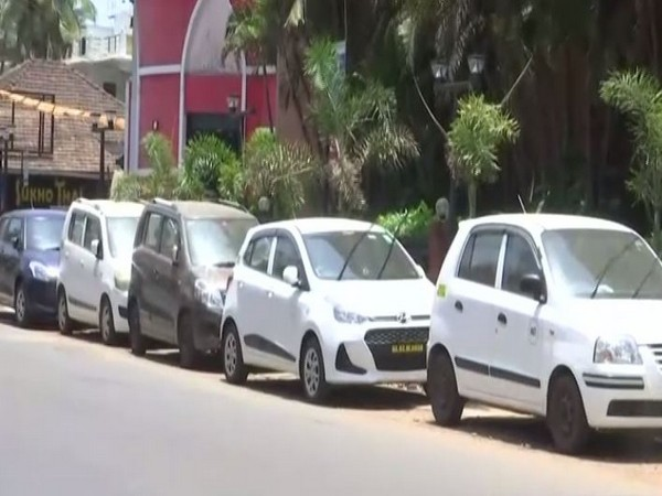 Taxis in Calangute, Goa struggle to get business despite the state being in Green zone