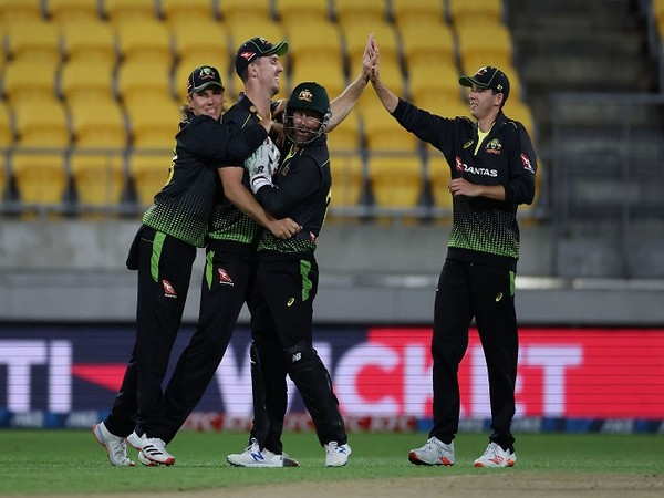 Australia players celebrate a New Zealand wicket (Photo/ ICC Twitter)