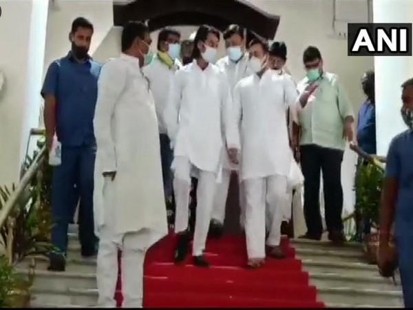 Rashtriya Janata Dal (RJD) leader Tejashwi Yadav and Tej Pratap Yadav at Bihar CM's office (Photo/ANI)