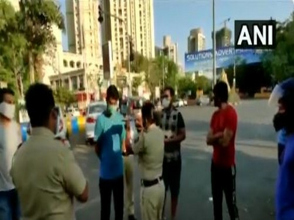 Anand Paranjpe, Congress-NCP candidate celebrating birthday