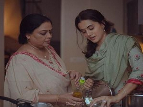 Actors Taapsee Pannu and Tanvi Azmi in a still from film 'Thappad' (Image Source: Instagram)