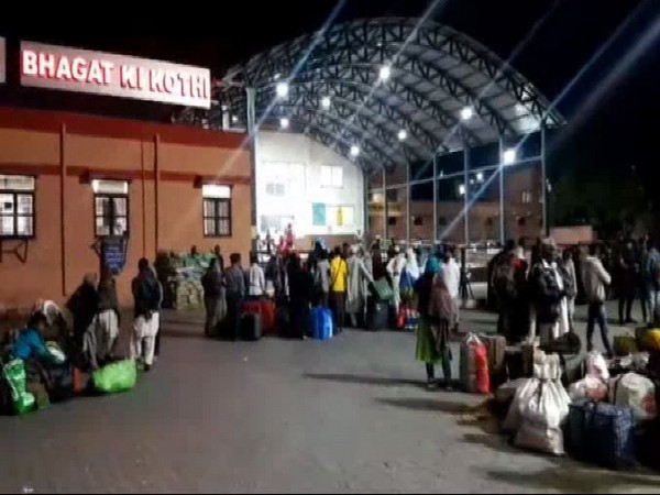 People from Pakistan waiting for Thar Express at Jodhpur's suburban station Bhagat ki Kothi.