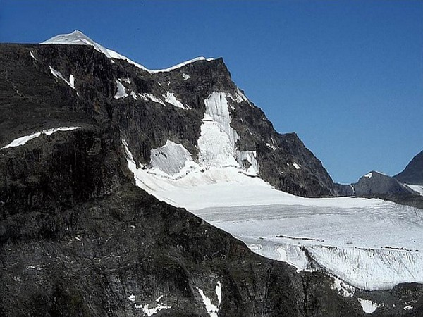 Sweden's Kebnekaise mountain