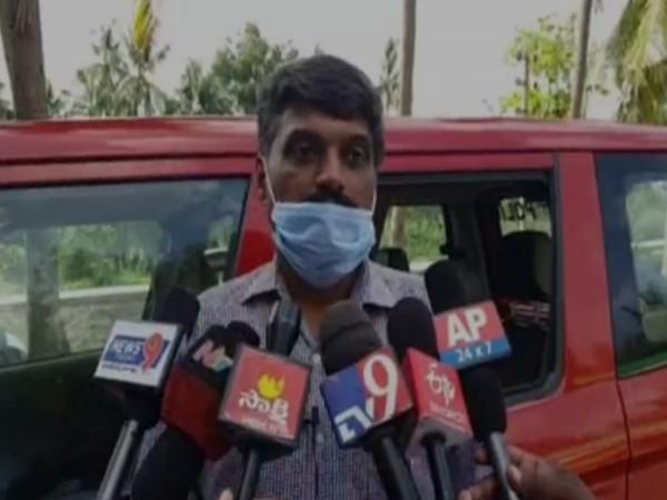 ACB ASP Maheswar Rao speaks to media in Krishna district [Photo/ANI]