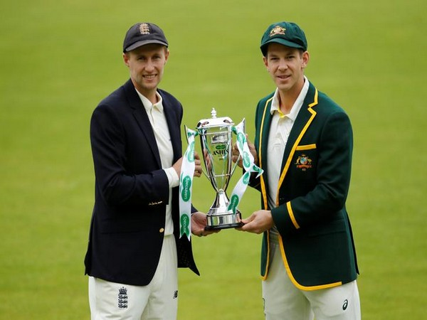 England skipper Joe Root (L) and Australia captain Tim Paine (R)