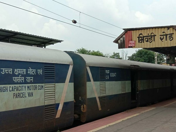 First parcel train leaving from Bhiwandi Road station of Mumbai Division.