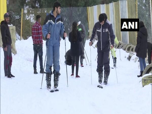 A visual of trekking in snow at Kufri. (Photo/ANI)