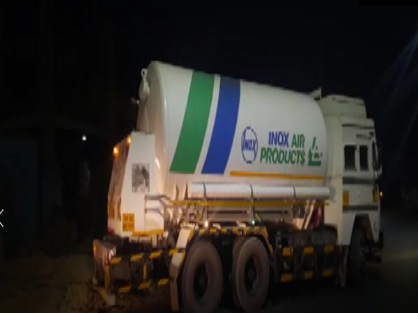 A truck carrying oxygen en route to Jodhpur, Rajasthan. (Photo/ANI)