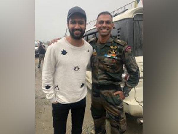 Vicky Kaushal and Major Prashant Siwach, Image courtesy: Instagram