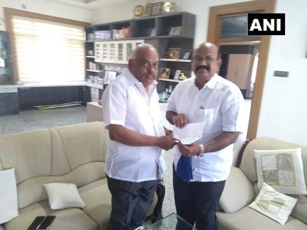 Dr Umesh Jadhav with Speaker KR Ramesh Kumar (File Photo)