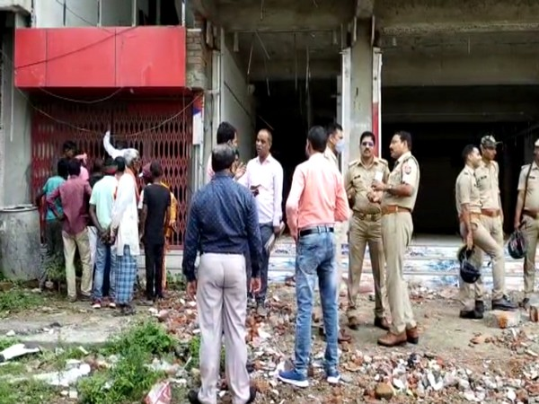 Visual of police officials at the Umesh Singh's property (File Photo/ANI)