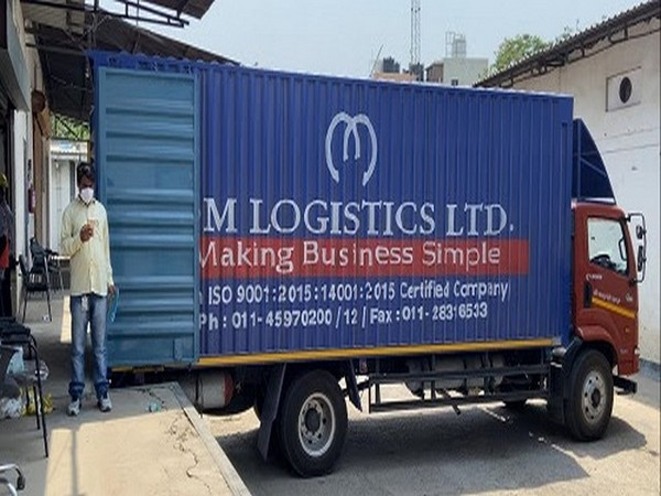 Om Logistics partners with Democracy People Foundation, delivers 5,000 Oxygen Concentrators across the country