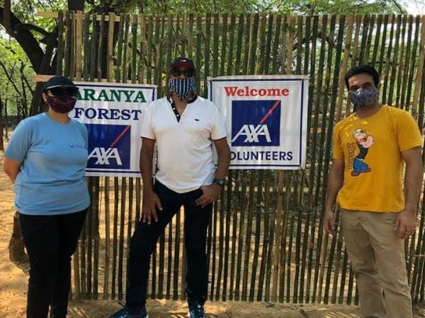 AXA XL India team at project Aranya site in Delhi