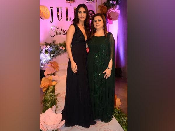 Vaani Kapoor and Julie Shah