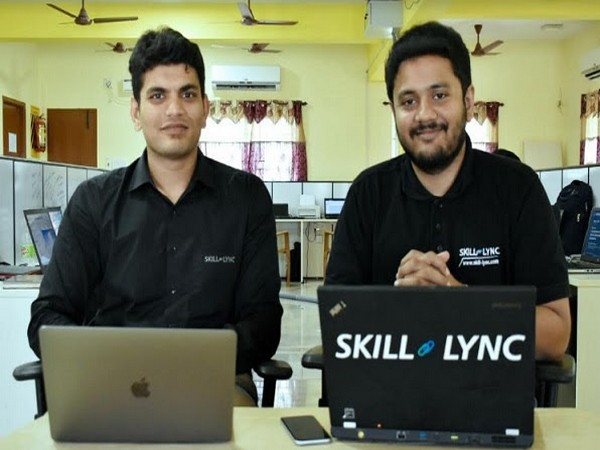 Founders of Skill-Lync: SuryaNarayanan PaneerSelvam (left) & Sarangarajan V Iyengar (right)