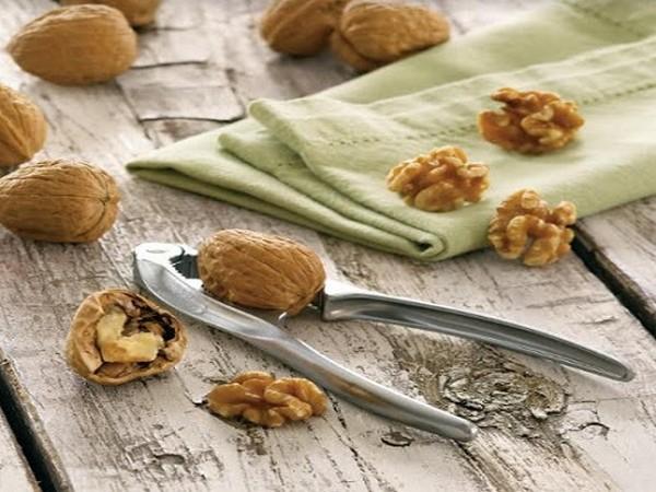 Nutcracker and California Walnuts