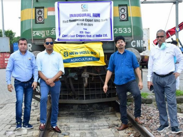 Team CNH Industrial at the inaugural run of the freight train from the Inland Container Depot (ICD) in Dadri