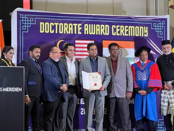Dr Sailesh Hiranandani from SRAM & MRAM Honored with the Doctorate by the Prestigious Malaysia South India Chamber of Commerce Held in Malaysia