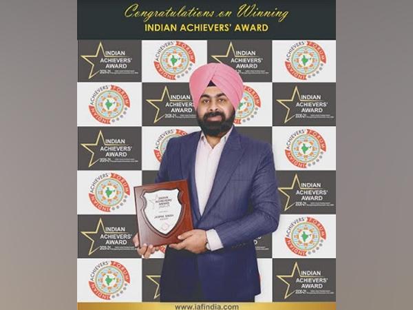 Eminent educator Jaspal Singh proud recipient of Indian Achievers' Award