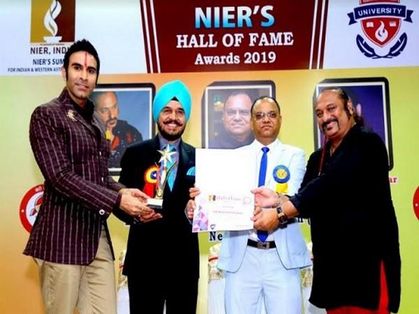 "Former Delhi Advertising Club President Dr. Paul Conferred with ""Emerging Leadership Award"" at NIER Awards"