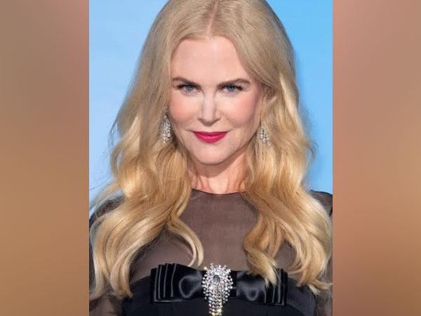 Nicole Kidman Wears Platinum Jewelry To The 'Gala For The Global Ocean'