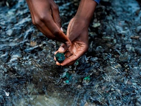 Gemfields emerald - Mine to Market