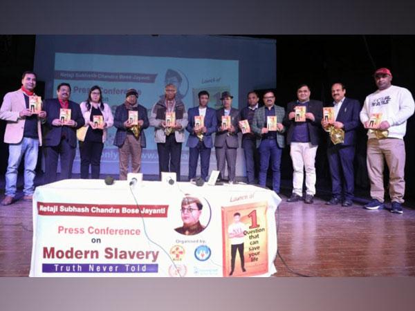 Dr. Biswaroop Roy Chowdhury and his team of Doctors