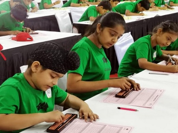 Brainobrain Kids Academy conducts 6th International Abacus Competition
