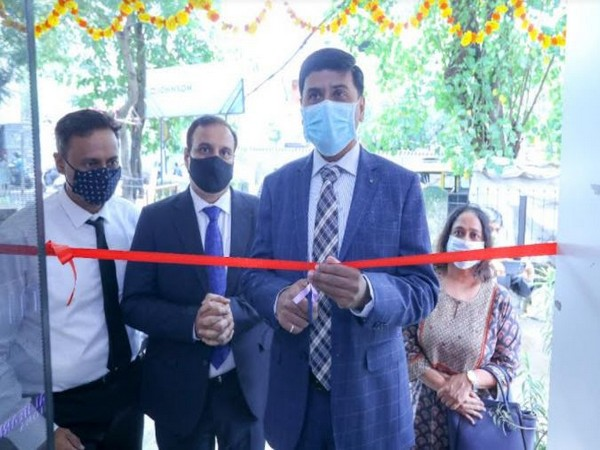 Inauguration Ribbon Cutting - From L-R - Vivek Iyer and Rajeev Lakhani, partners at Crystal Hearing Solutions and Avinash Pawar, Managing Director, WSA India