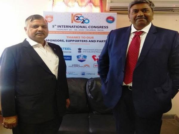 Suresh Agrawal - Treasurer, IIW Mumbai and Keyur Sanghvi - Chairman, Exhibition Committee, IIW at IC 2020 in Navi Mumbai