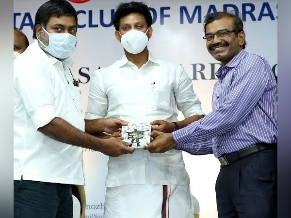 Anbil Mahesh Poyyamozhi, Minister for School Education, Govt. of TN received a copy of the book from the publisher Kumar Rajendran, and the author Ramkumar Singaram