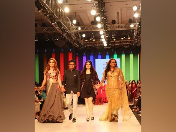 Aneel k. Murarka on ramp with Laxmi Narayan Tripathi and Navya Singh