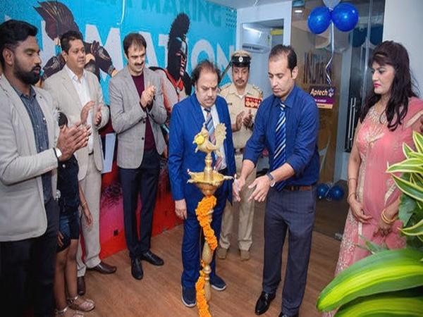 Kiran Kashi, Business Partner, Shajan Samuel, Vice President of Aptech Ltd., P N Ganesh, Chief Guest, K V Narayan - Special Invitee, Kashinath - Centre Head, Balachander R - Zonal Head - Aptech Ltd.