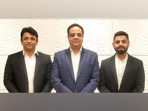 Management Team of Effikasia Lifesciences - L-R: Sumant Vir Kapoor (Director), Girish Arora (Managing Director), and Karan Arora (Director)