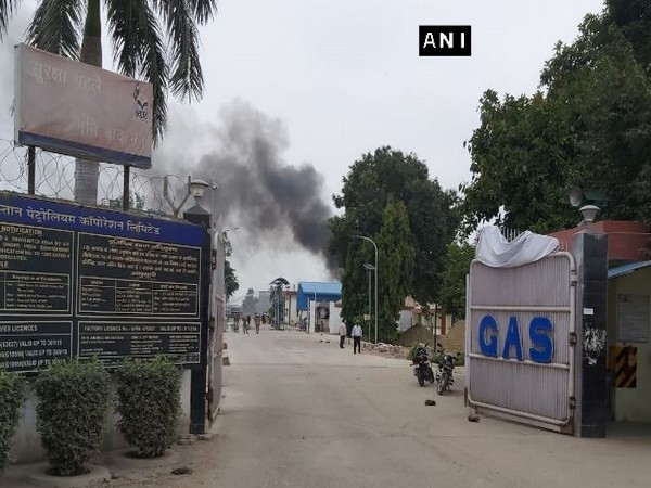 A gas tank exploded at Hindustan Petroleum Corporation plant at Unnao on Thursday. Photo/ANI
