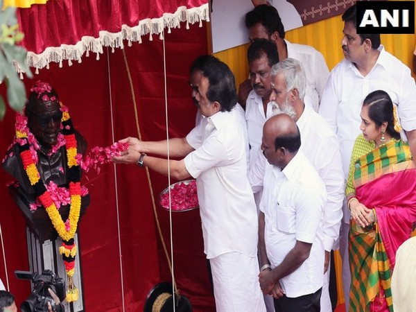 MK Stalin unveiled statue of M Karunanidhi in Chennai on Sunday