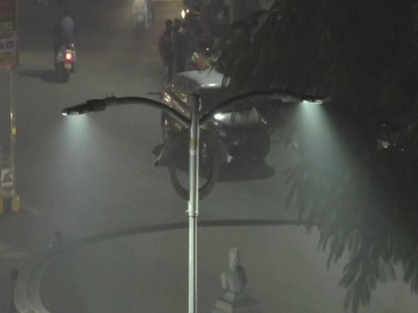 Fog engulfed Haldwani on Sunday [Photo/ANI]
