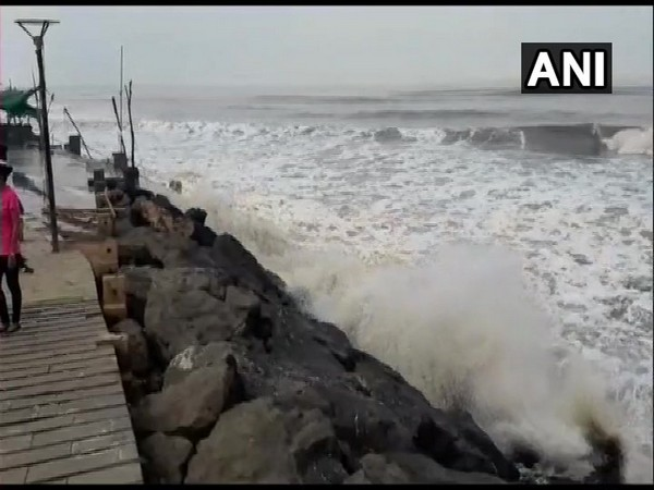 Cyclone Vayu to make landfall in Gujarat on Thursday.