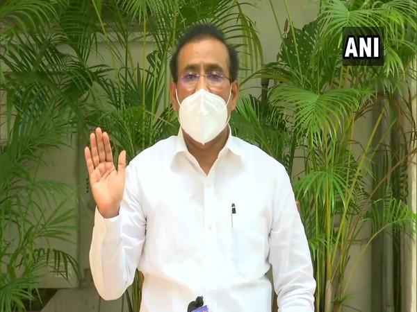 Maharashtra Health Minister Rajesh Tope holding press meet on Thursday.