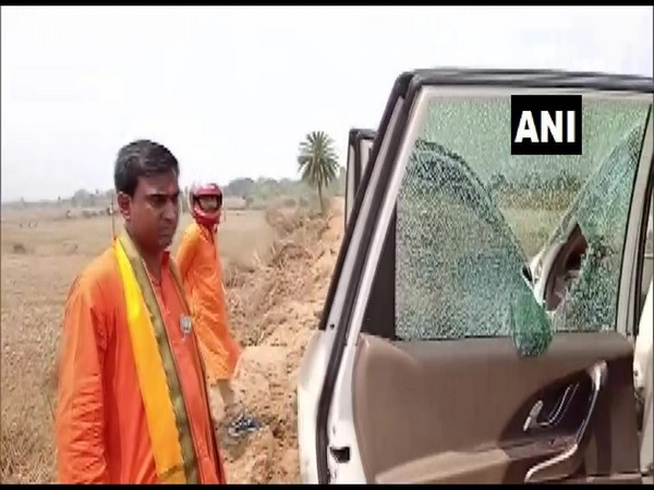 Vehicle of BJP candidate Anup Saha vandalised. (Photo/ ANI)